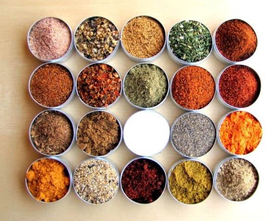CYBER MONDAY Etsy ..Ultimate Dry Spice Rub Kit..20 Sampler Grilling Blends.Great Gift for a grill lover - packed in metal box