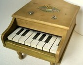 ToyGrand Piano Small Wooden WORKS