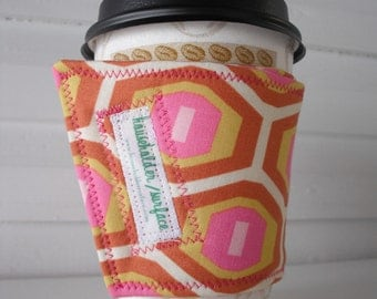 Coffee Cuff - Pink Honeycomb