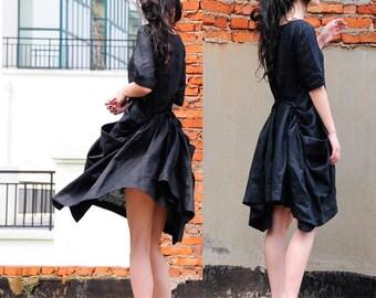 Folding fan waves / black linen dresses