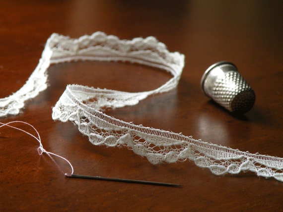 Lovely Vintage Lacey Lace Ivory