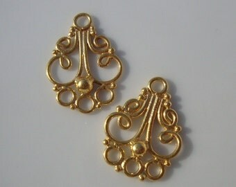 restocking 2 pcs, Bali, 24K Gold over Sterling Silver Beautiful Chandelier Connector - CC-0016