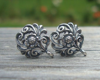 2 pcs, 12x10mm, Bali Artisans, 925 Sterling Silver Filigree Oxidized Floral Ear Post Earrings With Loop - EP-0001