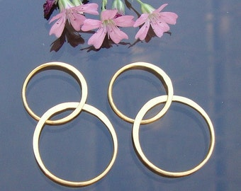 Lucky 8, 4 pc - 32mm, 24K Vermeil over Sterling Silver Handcrafted Organic 2 circles Link