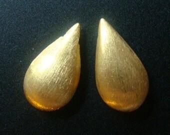 24K Gold Vermeil Sterling Silver Brushed Teardrop Briolette, 4 pcs, 18x9x5.5 mm