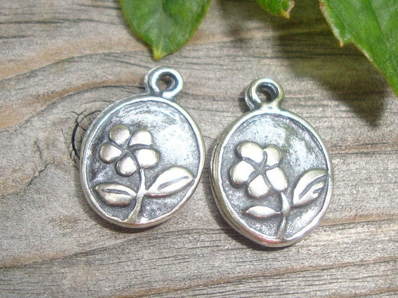 Bali Artisan Sterling silver Flower Motif Charms, 2 Oval Antiqued Oxidized Charms,11.8x8mm