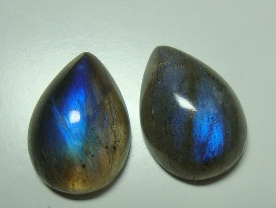 One Matching Pair, 14x10mm, AAA, Flashing Fiery Blue LABRADORITE Smooth Teardrop Cabochon - N26-5