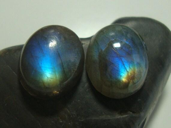 10x12mm, AAA Flashing Fiery Blue LABRADORITE Smooth Oval Cabochon - N29-2A