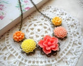 Flower Necklace - Peach Necklace - Vintage Necklace - Bridesmaid necklace