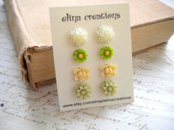 Flower Earrings - Post Earrings - Flower Cabochon stud Earrings - Pastel Green Earrings