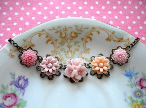 Flower Necklace Pink Choker Necklace Bridesmaid Necklace Flower Jewelry Pastel Pendant Necklace