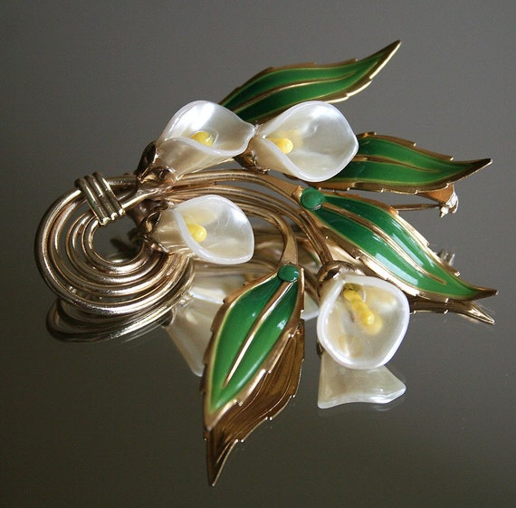 Vintage Unsigned Coro Brooch Calla Lily 1940's Jewelry