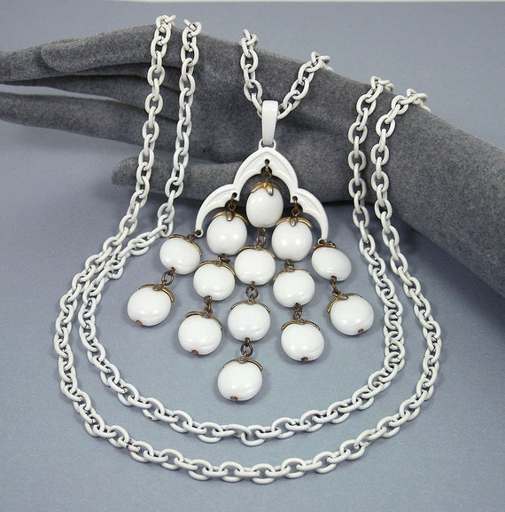 Vintage Trifari Pendant Necklace Milk Glass White Enamel Chandelier Mod Jewelry