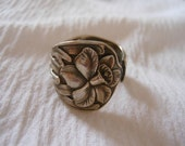 Daffodil By Manchester     Antique Sterling Silver Spoon Ring size 6