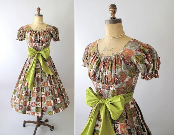 Vintage 1950s Dress : Tiki Print Party Dress