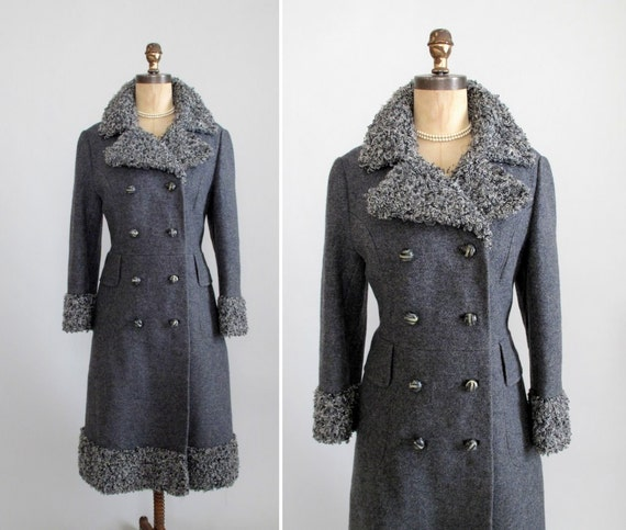 Vintage 1960s Coat : 60s MOD Wool Winter Coat with Faux Fur Collar