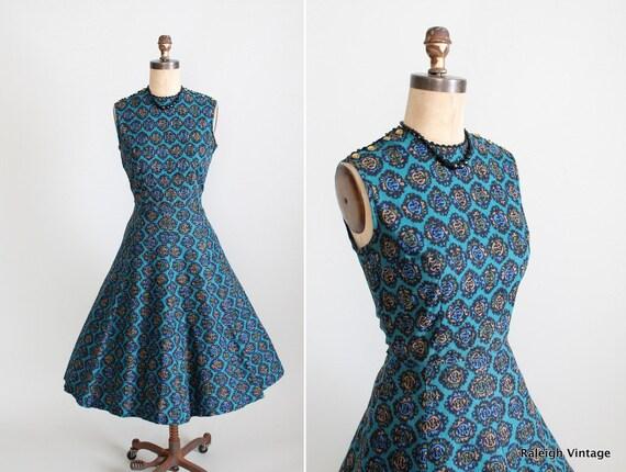 Vintage 1960s Dress : 60s Cotton Full Skirt Dress