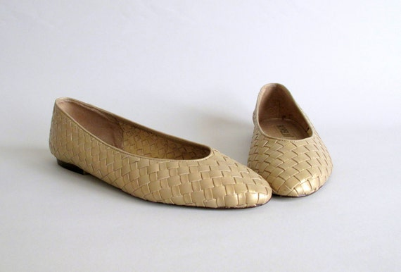 Vintage Gold Flats : 1980s Sparkly Woven Skimmers Size 7.5 or 8