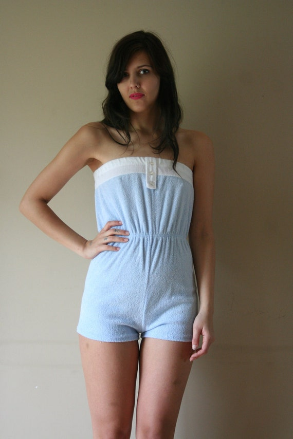 LAST CHANCE 70s Romper White Terry Cloth Suzanne Somers Onesie Playsuit Strapless Tube Top Hot Pants Size Small-Medium sm md med (0-2-4-6)