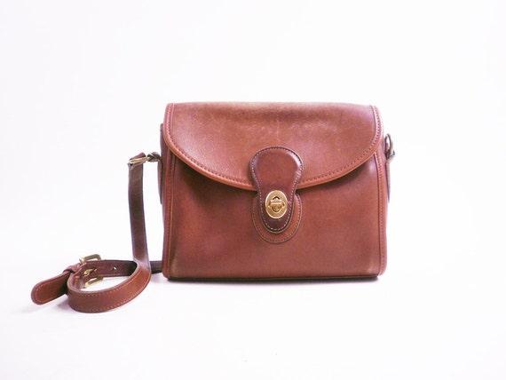Vintage Brown Leather COACH Classic Cross Body Shoulder Purse