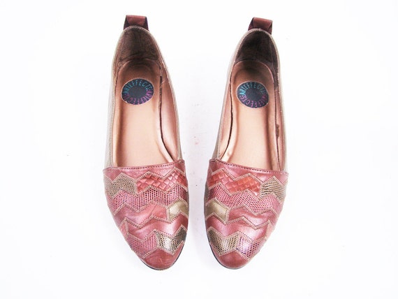 Vintage Gold and Iridescent Copper Leather Geometric Textured Flats Size 7.5