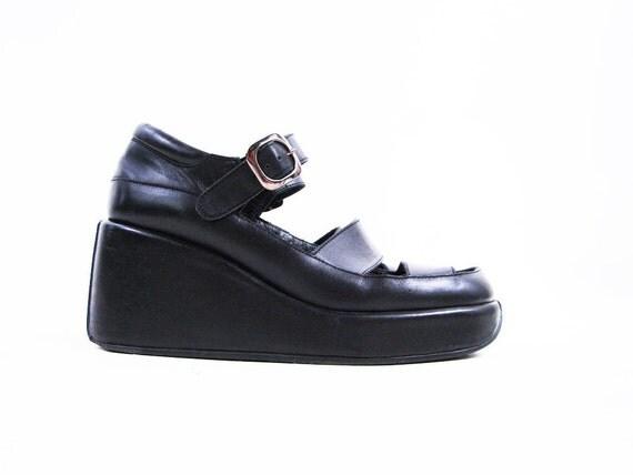 Vintage 90s Black Leather Avant Garde PLATFORM Sandals with Cut Outs Size 7.5