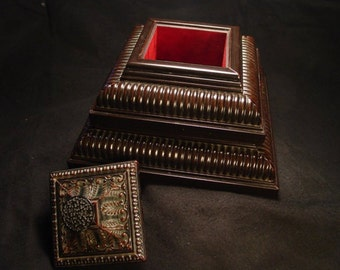 Reduced-Handmade Double Layer Victor Jewelry Box