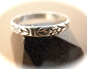 Floral Silver Band