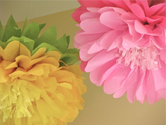 WONDERLAND IN BLOOM. 5 Giant Hanging Paper Flowers, wedding, baby shower, nursery, photo booth, birthday decor. Party Blooms by Whimsy Pie