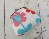 Small clasp purse - Blue and Red Flowers