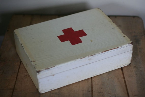 Old Firstaidkits 26