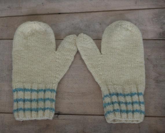 vintage knit wool mittens