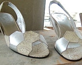 SILVER HEXAGONS SANDALS - size 6.5 - 80s - Made in Italy - New and Never Worn