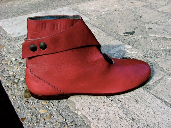 Bordeaux soft leather Low Boots - size 7 - 80s - Made in Italy - New and Never Worn