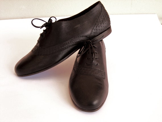 black leather shoes 5.5 7 8 python snakeskin closed lace-up flat 80s new vintage unworn