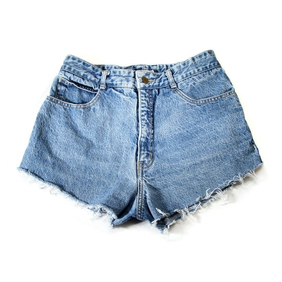 ON RESERVE CHANEL Made to Order Studded Shorts Vintage Guess 28W