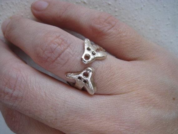 Artifact Inspired Yaya Mama Stele Silver Adjustable Ring