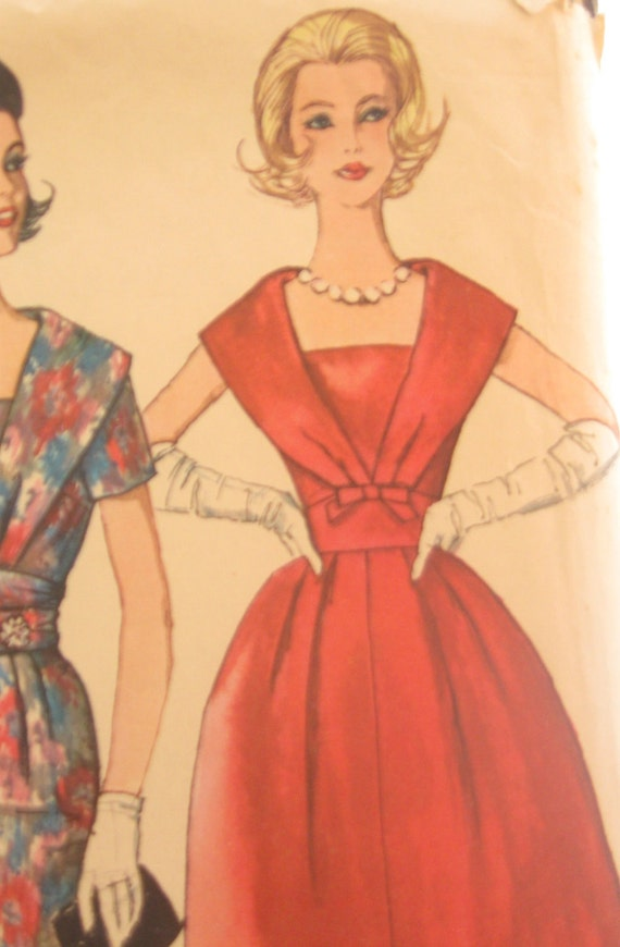 Early 60's Vintage Party Dress Pattern: Simplicity 3748, Bust 38