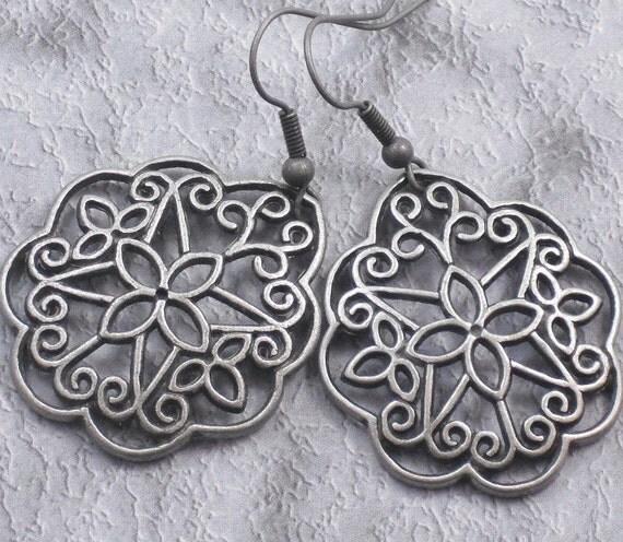 Earrings - Antique Silver Flower Filigree Dangle Earrings