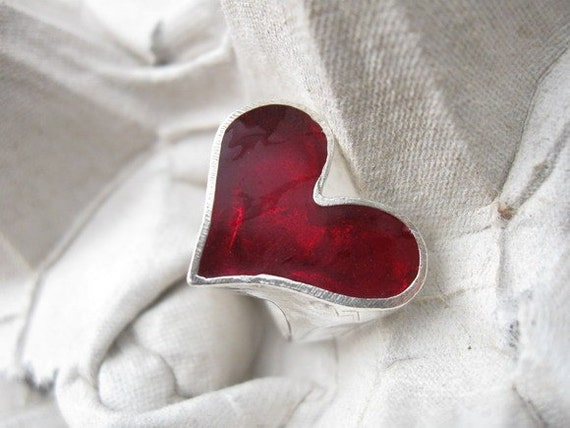 Heart Ring.Love Ring.Red Heart Ring.Sterling Silver Ring.Sterling Silver heart Ring-size 7.5.valentines day.women gift.for her.925 ring