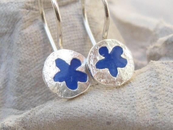 Girls Earrings - Tiny blue Flower