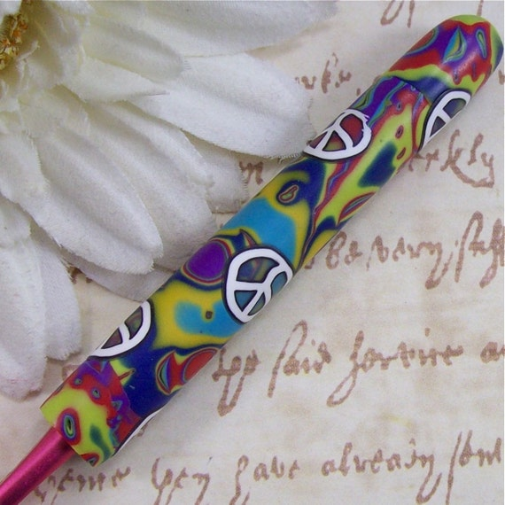 Susan Bates Polymer Clay Covered Crochet Hook, Size I