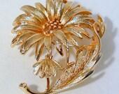 Gold tone Flower Brooch by LISNER