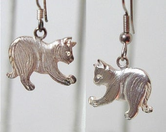 Playful Silver Cat Earrings .925 Signed