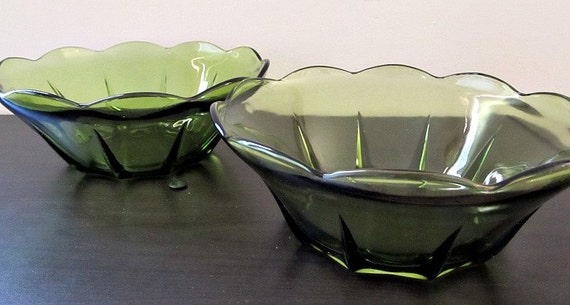 Green Glass Serving Bowls Set of 2