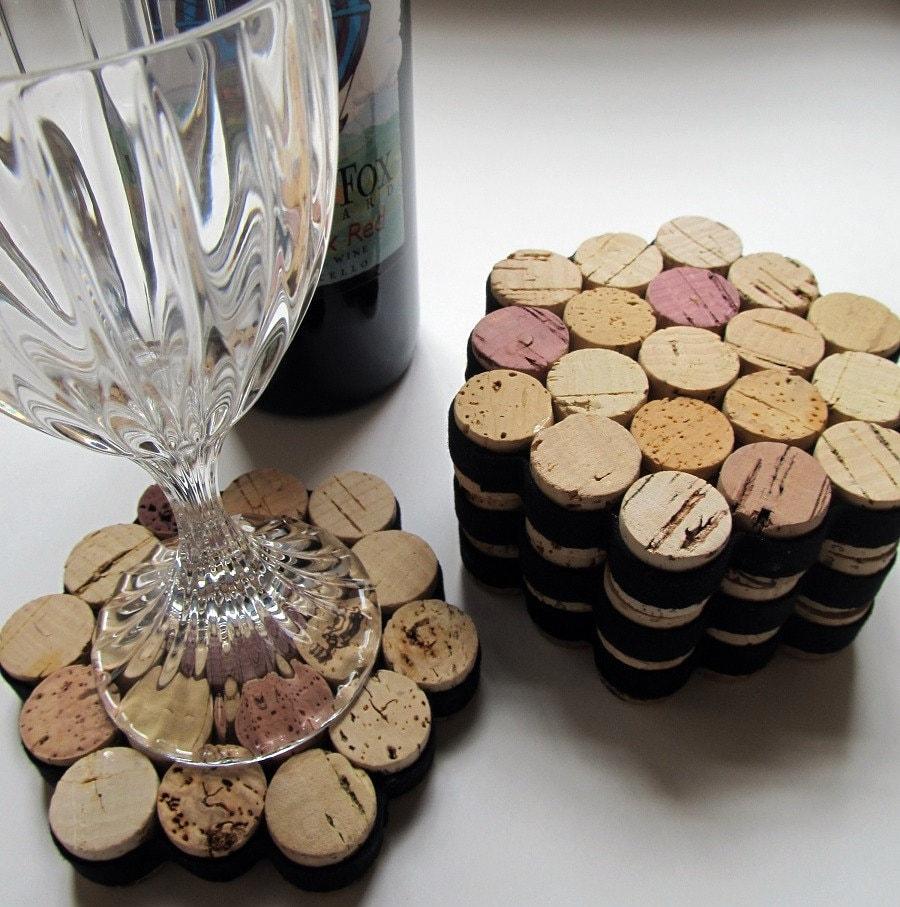 Honeycomb wine cork coasters with black ribbon set of four - Que faire avec des bouchons de champagne ...