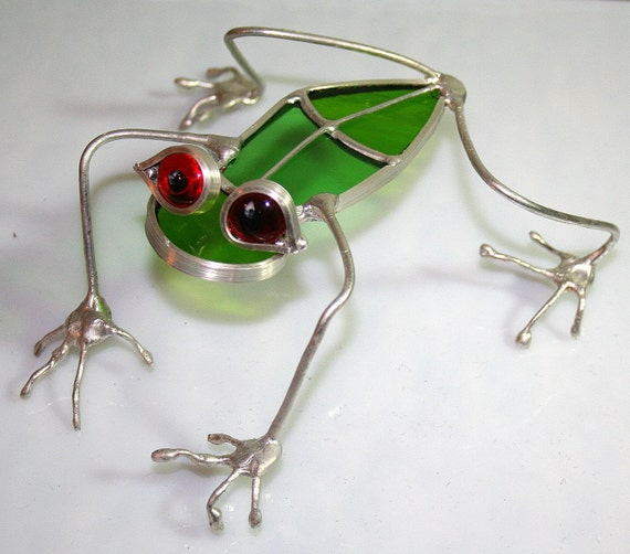 Stained Glass and Silver Coated Copper Wire Red Eyed Tree Frog