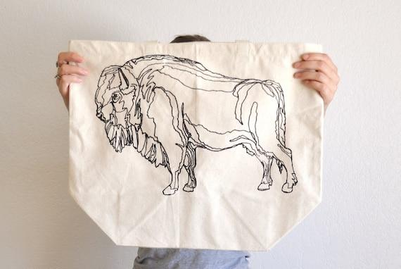 Buffalo Illustration Print Tote