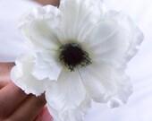 Cream Anemone Hair Clip