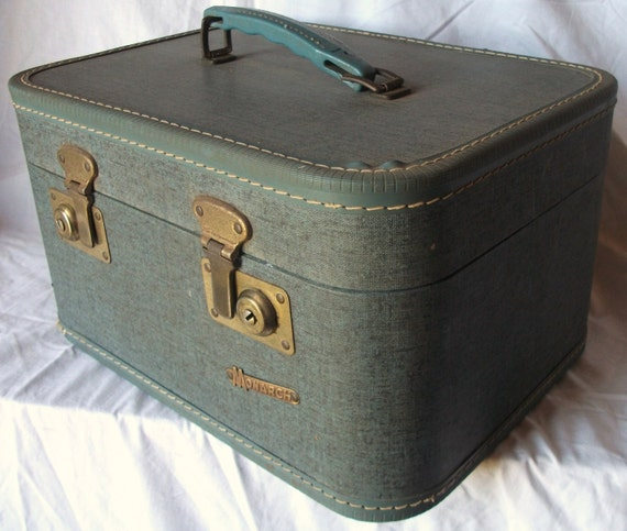 Nice Looking Antique Turquoise Specked with Black Twill Medium Sized Suitcase (20% OFF)
